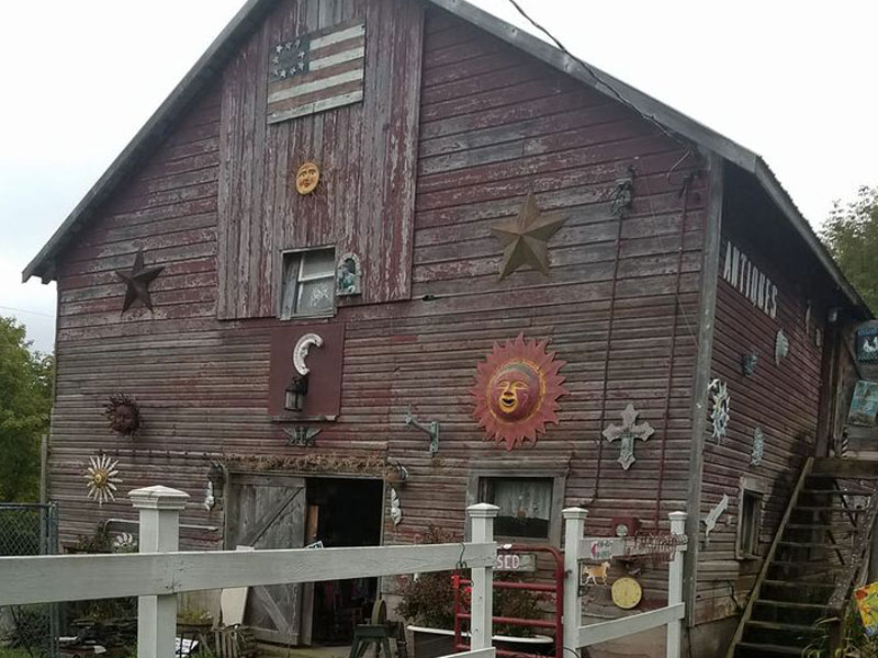 Ladybug-Barn-Antiques-Collectables-new-img | AlbergoAllegria Bed & Breakfast | Catskills, NY