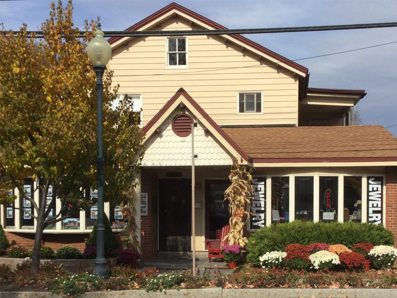 Tiger-Lily-Jewelers | AlbergoAllegria Bed & Breakfast | Catskills, NY