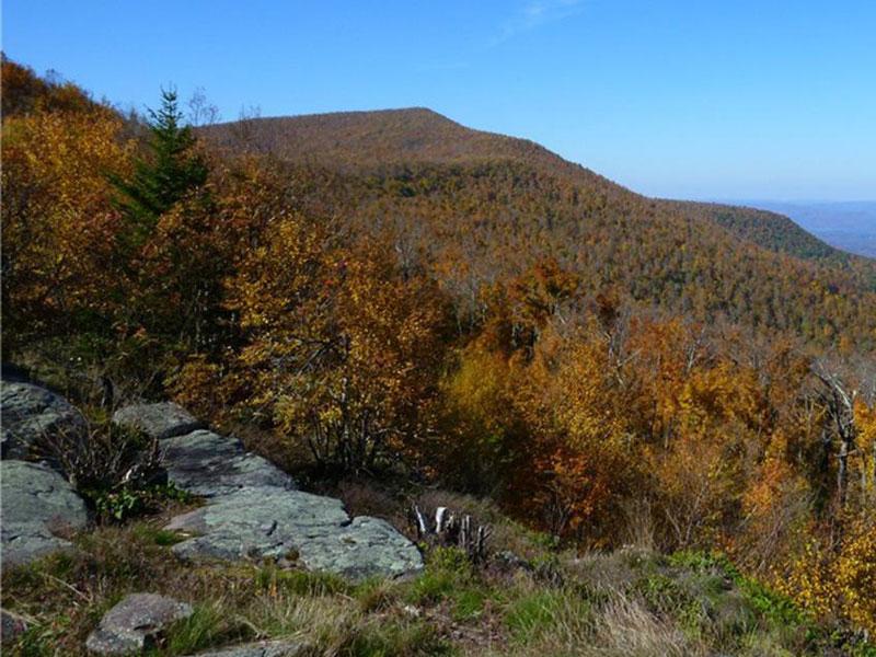 Windham-High-Peak-via-Burnt-Knob | AlbergoAllegria Bed & Breakfast | Catskills, NY
