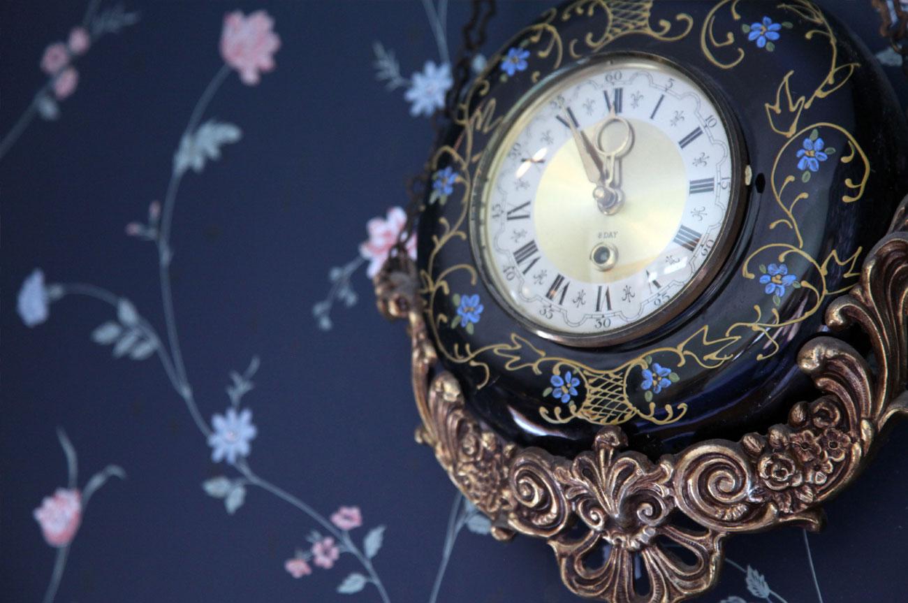 Clock Room 3 | AlbergoAllegriaHotelandbreakfastrestaurant | Windham NY