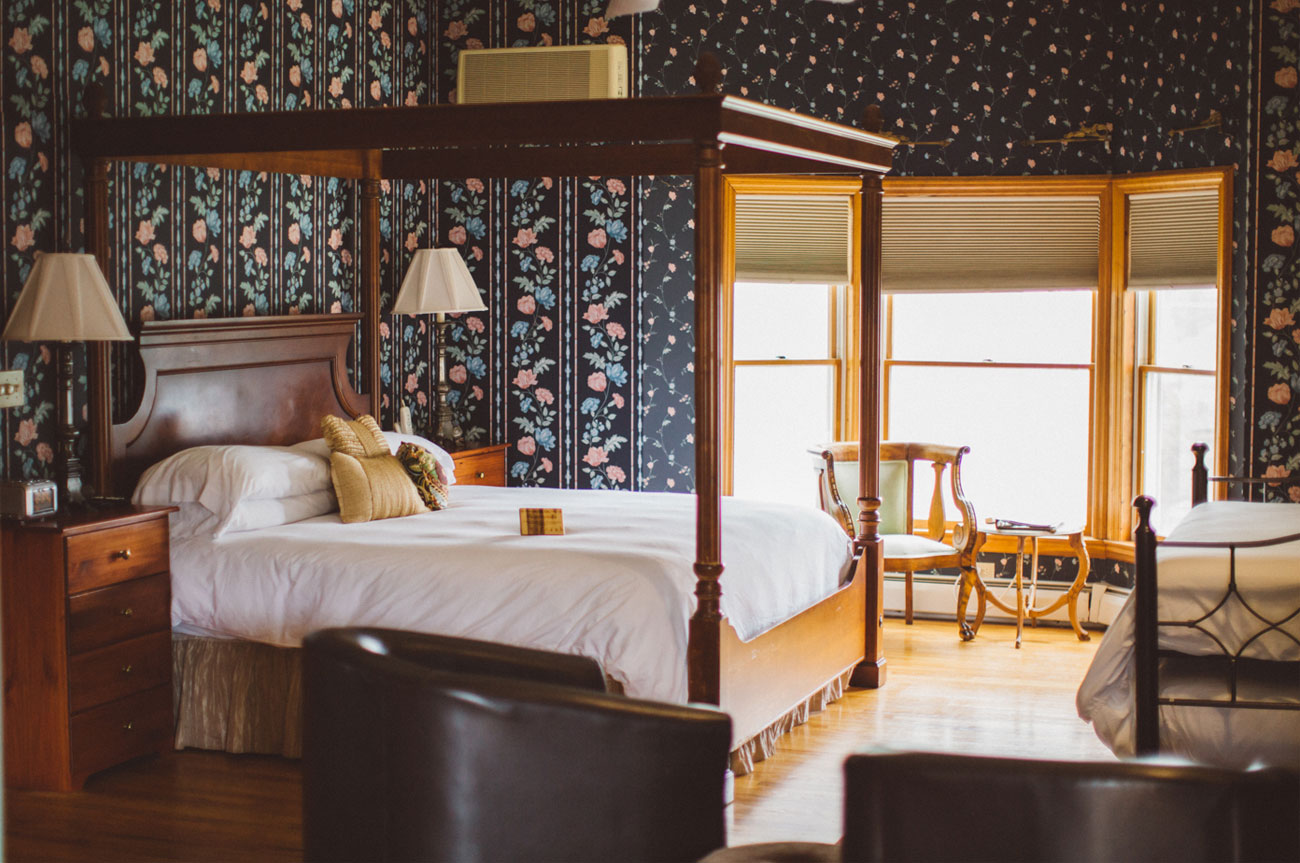 Main Bed Side View Room 3 | AlbergoAllegriaHotelandbreakfastrestaurant | Windham NY