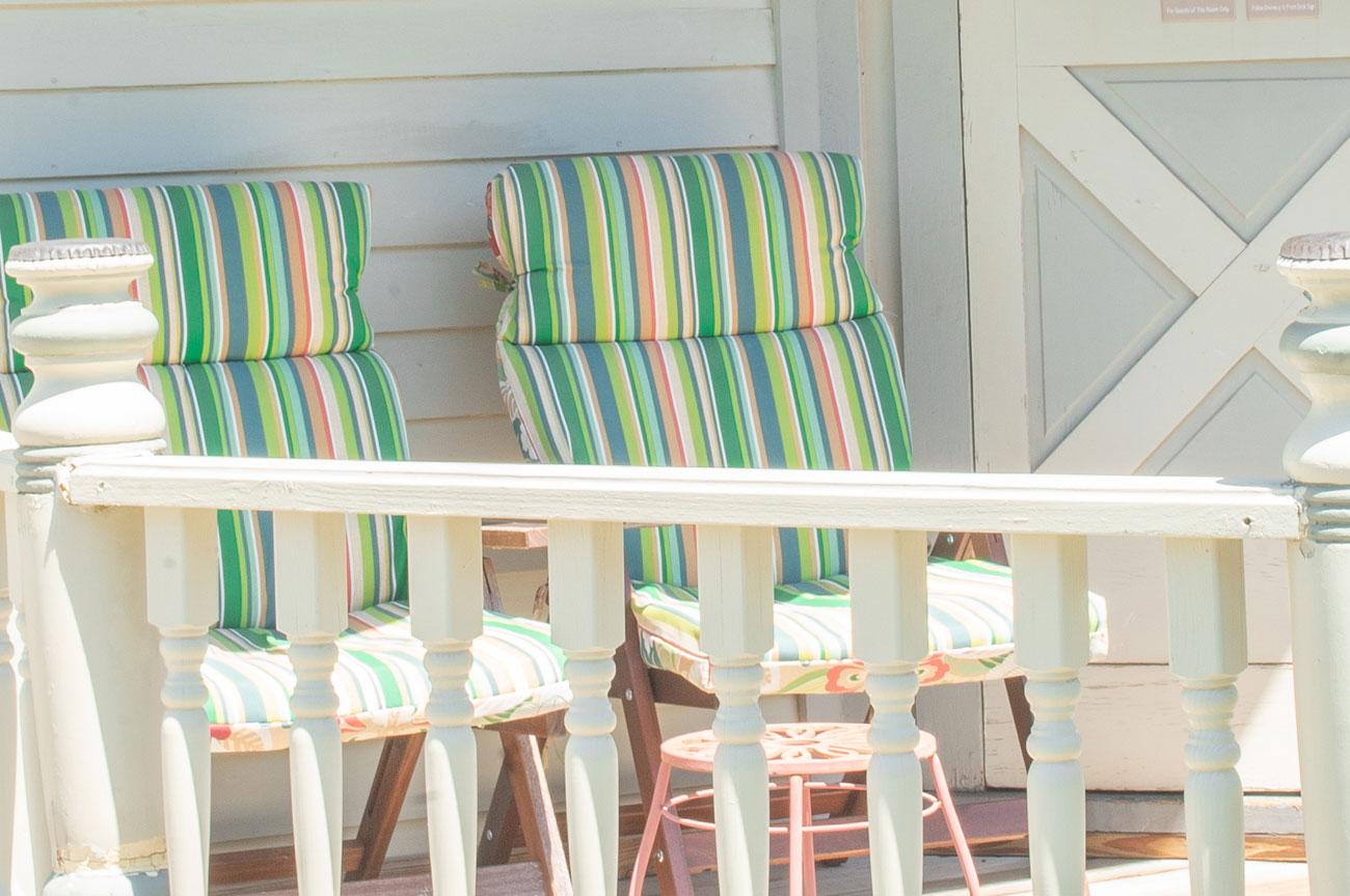 Reclining Chairs Room 1 | AlbergoAllegriaHotelandbreakfastrestaurant | Windham NY