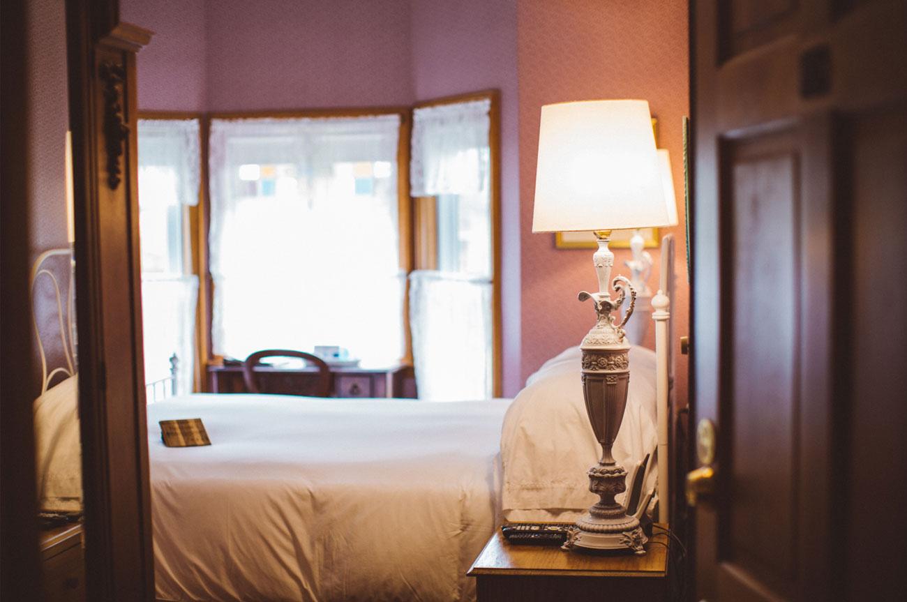 Room Entrance Room 7 | AlbergoAllegriaHotelandbreakfastrestaurant | Windham NY