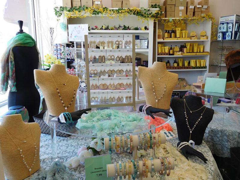 Caroles-Gift-Emporium-img | AlbergoAllegria Bed & Breakfast | Catskills, NY