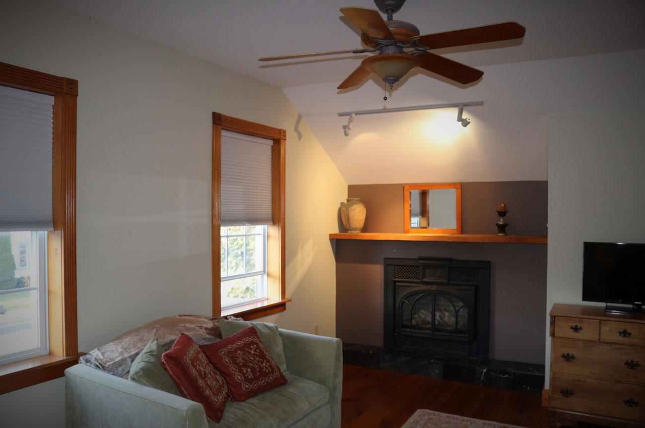 Beaver Living Room | AlbergoAllegria Bed & Breakfast | Catskills, NY