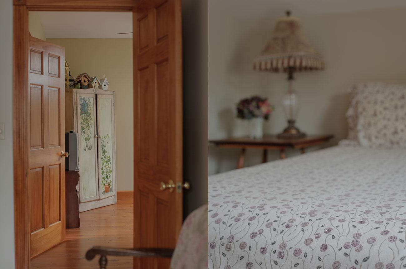 Cabinet and Entrance Beaver Room | AlbergoAllegria Bed & Breakfast | Catskills, NY