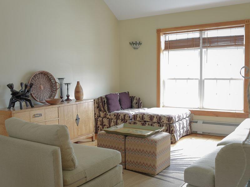 Common Living Room | AlbergoAllegria Bed & Breakfast | Catskills, NY
